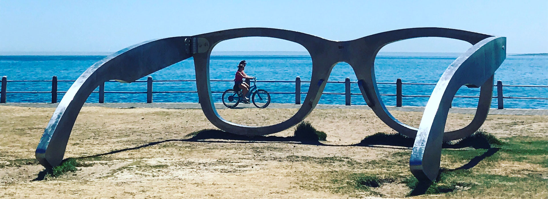 frame glasses sculpture in cape town